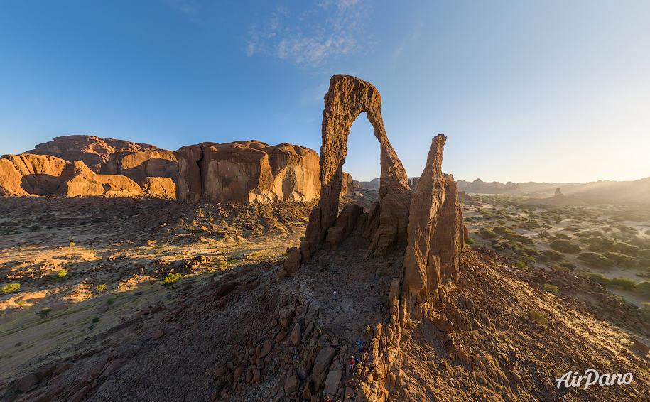 aloba arch ennedi massif